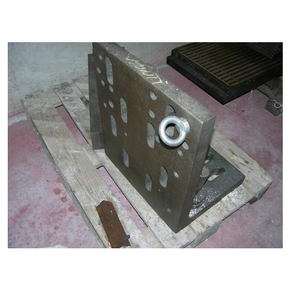 CAST IRON ANGLE PLATE 500X420X570X50 - EQUIPMENT