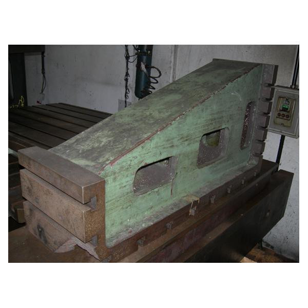 CAST IRON SQUARE 300X500X1000 - EQUIPMENT